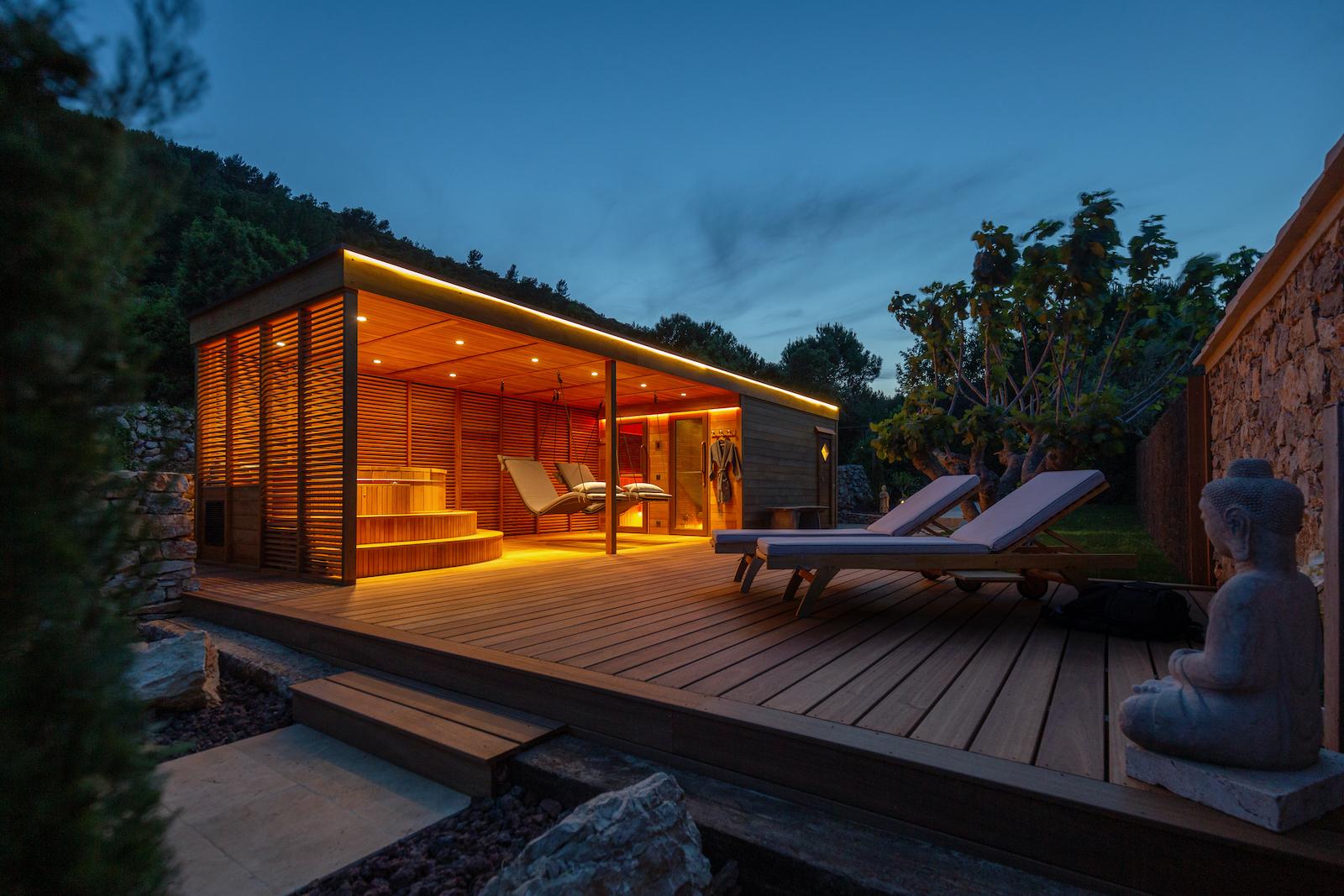 Sauna im Garten 13